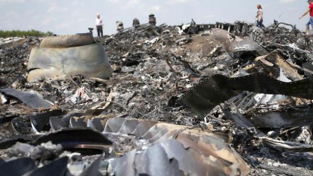 Thảm kịch máy bay MH17: Ngoại trưởng Nga bất ngờ tiết lộ Mỹ giấu những tình tiết cực kỳ quan trọng