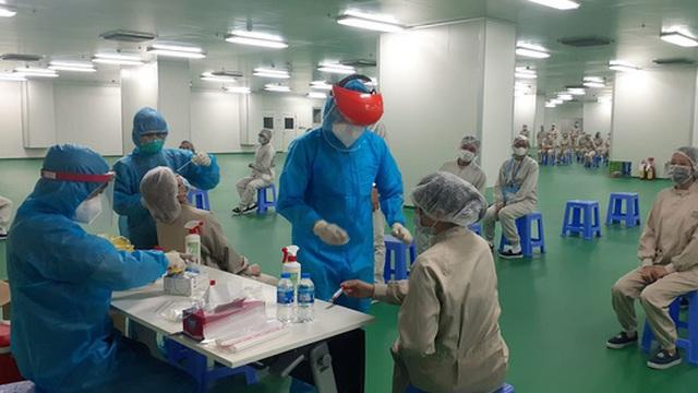 Bệnh nhân mắc Covid-19 ở Bắc Ninh tử vong; Tại sao các nhân viên bệnh viện đã tiêm vắc xin vẫn mắc bệnh?