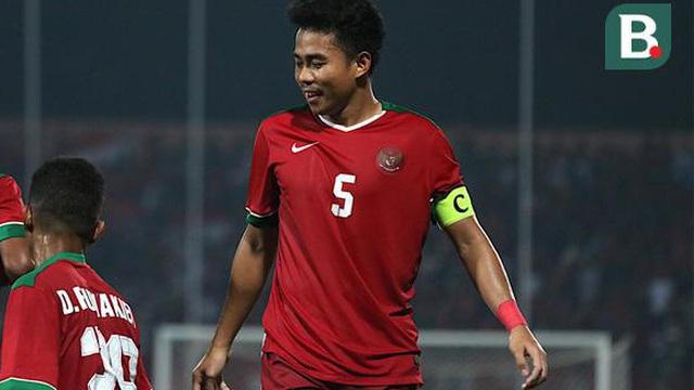 """Hé lộ lý do khiến tuyển thủ Indonesia bị đồng hương thầy Park """"đuổi thẳng cổ"""" về nước"""