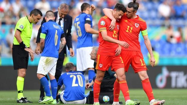 """Soi kèo đêm nay: Italia tưởng dễ mà khó không tưởng, """"lính chì"""" tan chảy"""