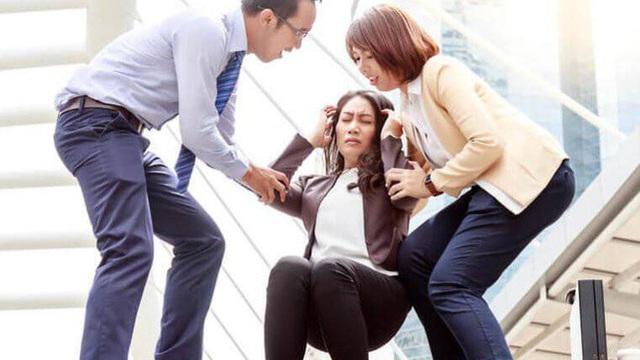 Đột ngột đau đầu, hoa mắt, người phụ nữ 38 tuổi đã không qua khỏi