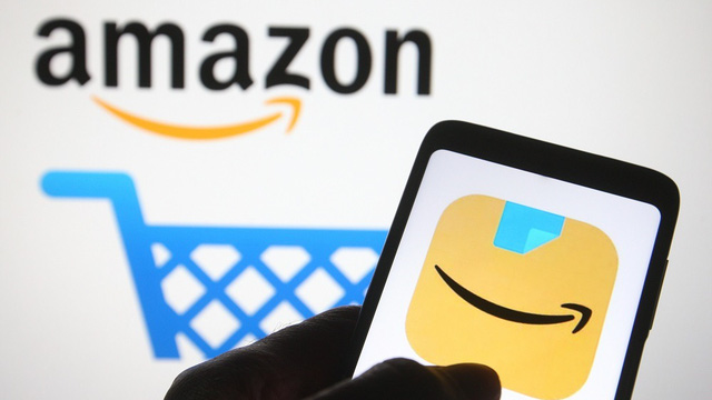 """Amazon đóng 340 cửa hàng """"made in China"""""""