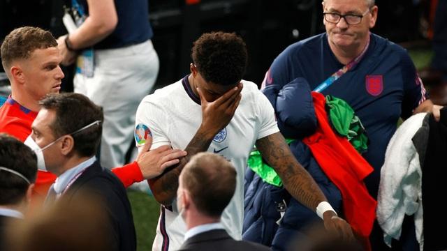 """Rashford: """"Nhắm mắt nằm ngủ tôi cũng sút được penalty, nhưng sao lại trượt đúng quả này?"""""""