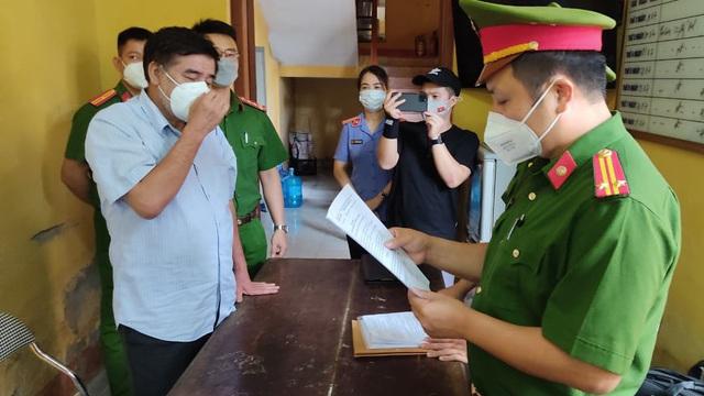 NÓNG: Bắt giam nguyên quyền Cục trưởng Cục Quản lý thị trường tỉnh Hải Dương