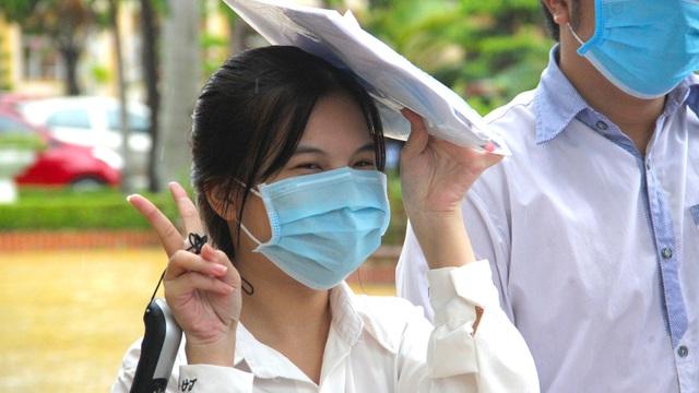 Hai tỉnh Nghệ An và Hà Tĩnh có 1319 điểm 10, có nữ thủ khoa đạt 3 điểm 10