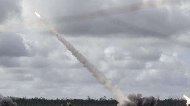Australia tham gia dự án phát triển tên lửa dẫn đường đất liền có tầm bắn 500km