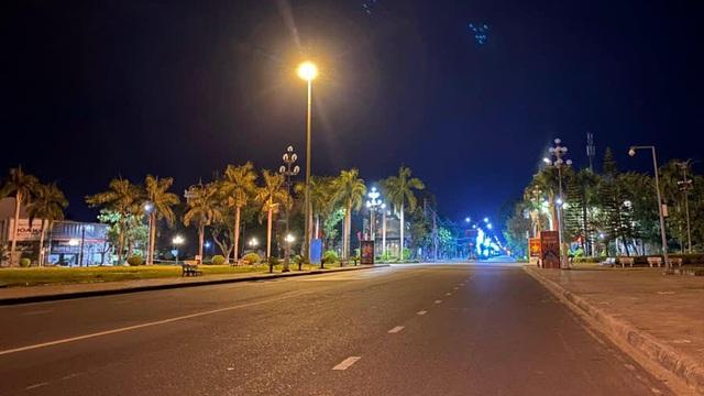Người dân toàn tỉnh Quảng Ngãi không được ra khỏi nhà sau 21h