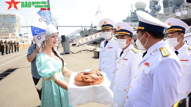 Biên đội tàu Việt Nam cập cảng TP Vladivostok, chuẩn bị tham gia Army Games 2021