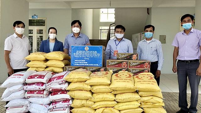Hành động thiết thực giúp nông dân vượt qua đại dịch