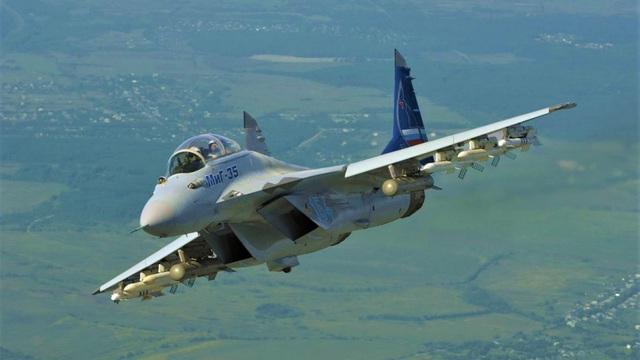 Không muốn láng giềng vượt mặt, Ai Cập tăng cường mua vũ khí hiện đại từ Nga