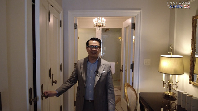 """Chi 60 triệu đồng/đêm ở khách sạn xa xỉ bậc nhất New York nhưng NTK Thái Công """"chê không ngớt"""" nội thất """"không xịn, kì cục"""""""