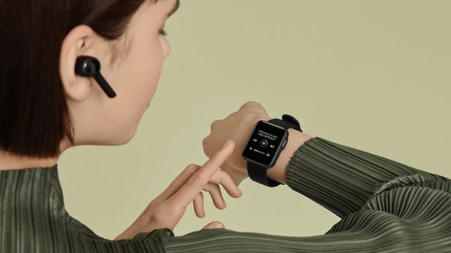 """5 mẫu đồng hồ thông minh bình dân, đáng mua đang giảm giá, pin trâu 16 ngày vẫn """"ngon"""""""