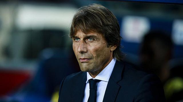Conte chọn thất nghiệp thay vì tới Barca hay Arsenal