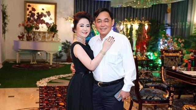 """Ông Huỳnh Uy Dũng bảo vệ bà Phương Hằng: """"Nếu một người là tỷ phú rồi thì du lịch đây đó, ăn ngon mặc đẹp, không phải sướng hơn sao"""""""