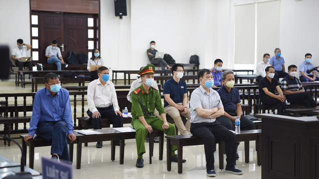Xử vụ Ethanol Phú Thọ: Vì sao tòa không triệu tập ông Đinh La Thăng và Trịnh Xuân Thanh?