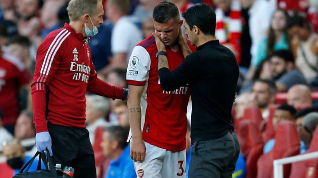 SỐC: Arsenal mất Granit Xhaka hết năm 2021