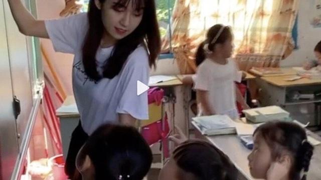 """""""Cô giáo thôn nữ đẹp nhất Trung Quốc"""" bị tố gian lận từ thiện, không lâu sau liền lên tiếng thừa nhận một hành động trái pháp luật"""