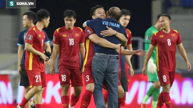 """HLV Nguyễn Thành Vinh: """"Tuyển Việt Nam tổn thất lớn nhưng sẽ gây sốc trước Australia"""""""