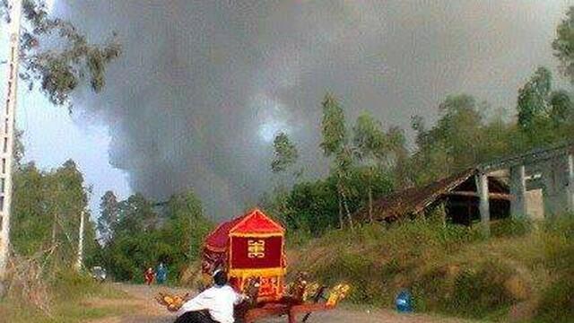 Nghẹn lòng bức ảnh xe tang bị bỏ rơi giữa đường ở Phú Thọ