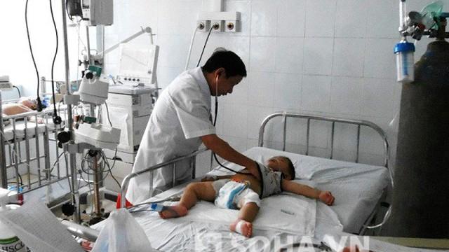 Lọc máu thành công, cứu sống 2 cháu bé bị nhiễm độc
