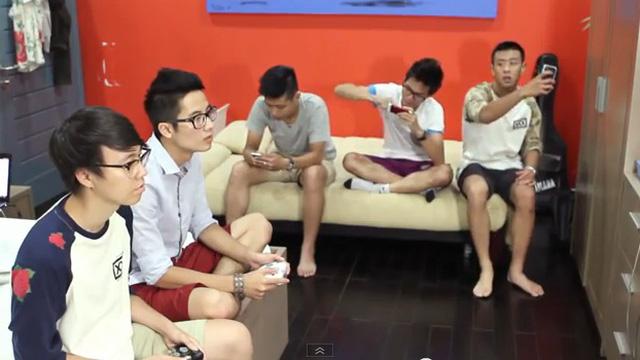 """Hình ảnh """"Công nghệ và cuộc sống"""" qua cách thể hiện của những hot vloger Việt"""