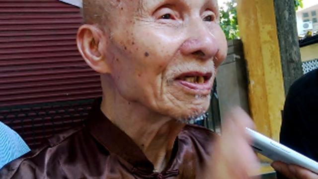 """Cụ già 98 tuổi: """"Thăm bác Giáp lần cuối là tôi mãn nguyện rồi!"""""""
