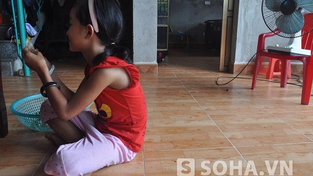 Nam Định: Dùng chùm nhãn lừa bé 8 tuổi để hiếp dâm