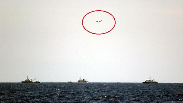Lợi dụng biển động, tàu Trung Quốc tăng cường gây hấn