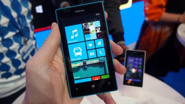 Nokia X vs Lumia 520: đâu là sự lựa chọn đúng đắn?