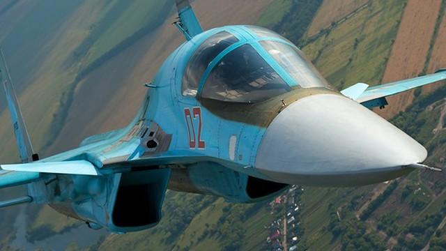 """Uy lực kinh hoàng """"siêu bom"""" Su-34 của Nga"""