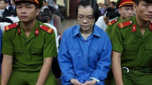Triệu tập nguyên giám đốc Vietinbank TP.HCM đến phiên xử Huyền Như