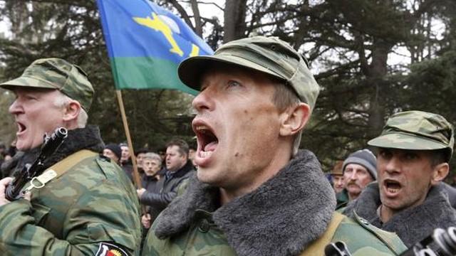 Quân đội Crimea hừng hực khí thế trong lễ tuyên thệ đầu tiên