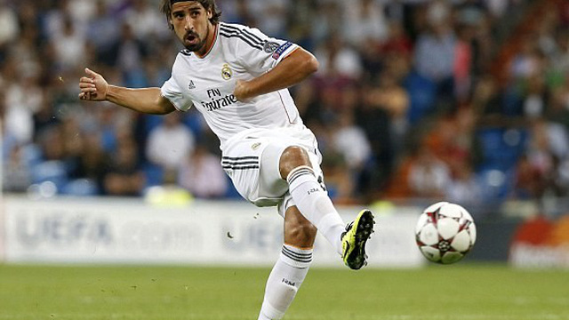 """Alonso đến Bayern, Khedira bất ngờ """"vênh mặt"""" với Real Madrid"""