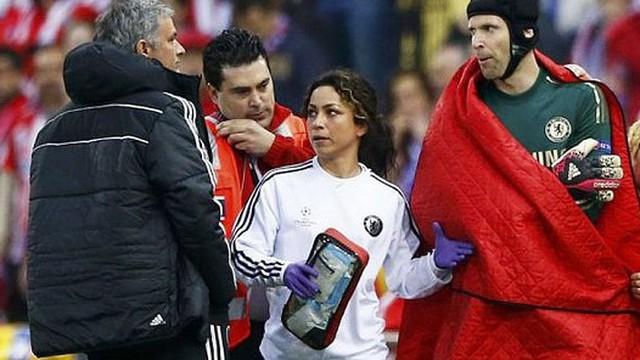 Lộ nhân vật khiến Petr Cech bị Mourinho hắt hủi