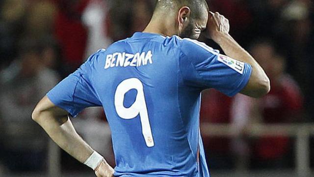 Benzema bất ngờ công bố kế hoạch rời Real