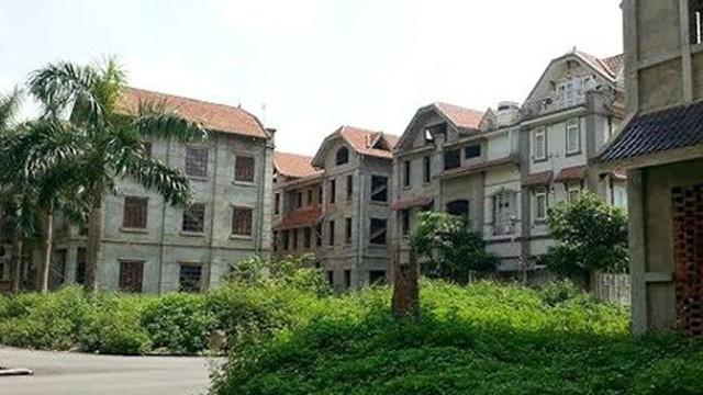 La liệt nhà hoang giữa thiên đường Bảo Sơn