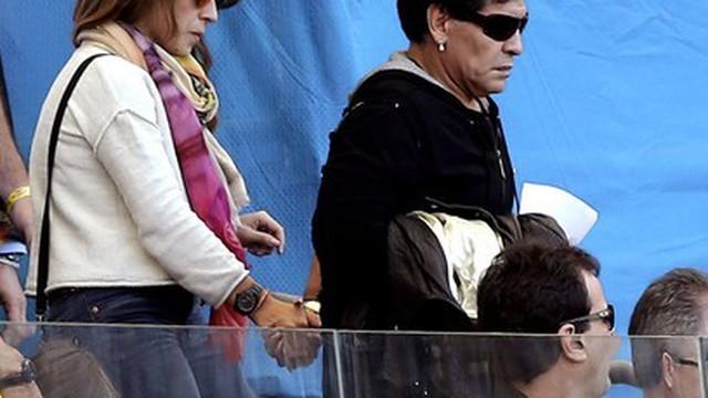 Argentina suýt không thắng chỉ vì... Maradona