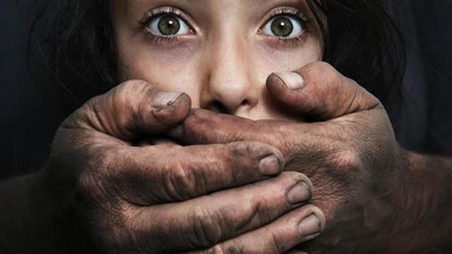 Đòn trả thù man rợ của bé gái 13 tuổi bị cưỡng dâm