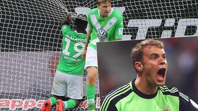 """""""Đồ đệ"""" của Bendtner làm Bayern choáng váng"""