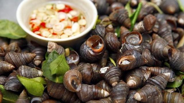 Sai lầm không tin nổi khi ăn ốc luộc khiến bạn đánh đổi sức khỏe