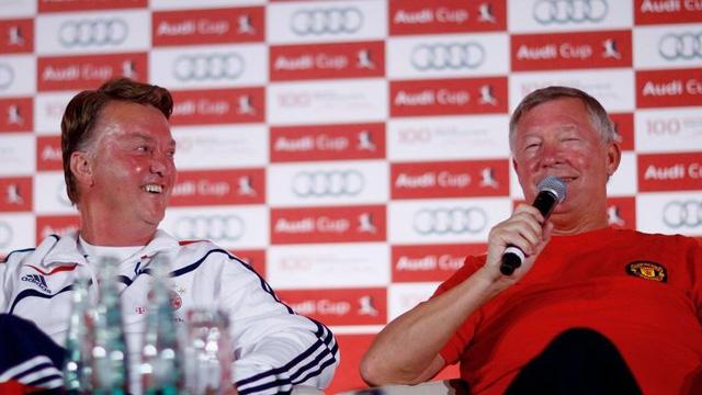 Tiết lộ: Chế độ lương Sir Alex gấp 5 lần Van Gaal!