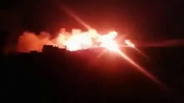 [VIDEO] Quân đội Syria tiêu diệt khủng bố trong đêm tại Latakia