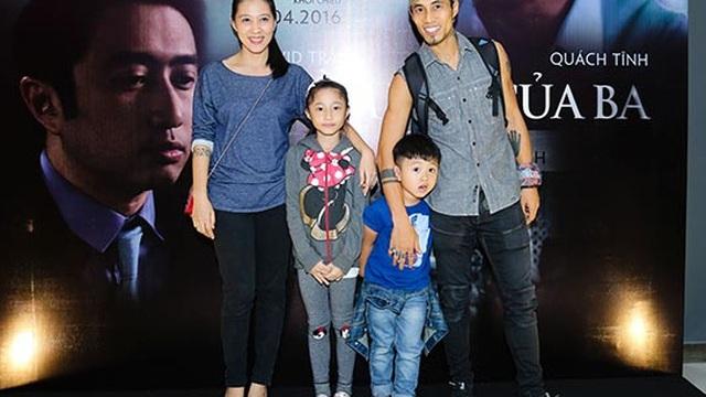 Lần hiếm hoi vợ con Phạm Anh Khoa lộ diện trước đám đông