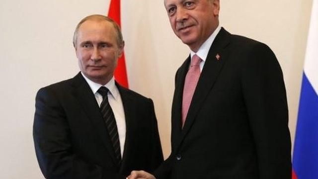 Tổng thống Putin: Nga sẽ dần chấm dứt các lệnh trừng phạt Thổ Nhĩ Kỳ