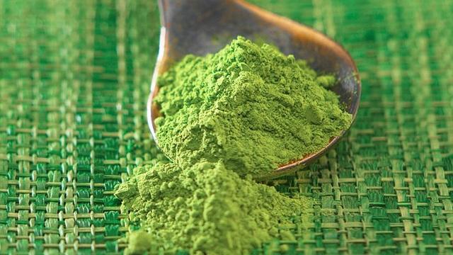 Bột trà xanh được gọi là siêu thực phẩm tốt nhất năm 2016