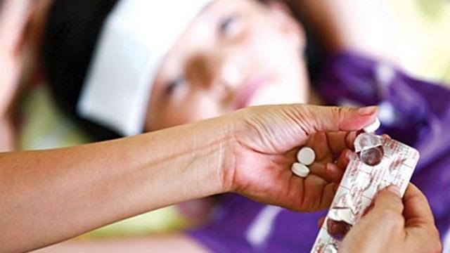 Cảnh báo: Dùng thuốc sai cách khiến trẻ bị ngộ độc và điếc