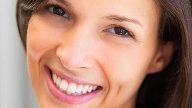 Răng rụng sớm hơn 10 năm vì thói quen không đáng có