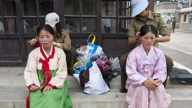 Những hình ảnh độc về nền điện ảnh của Triều Tiên lần đầu tiên được hé lộ