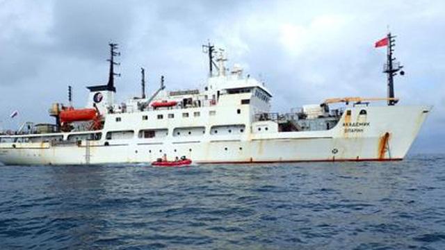 Nhà khoa học Việt nghiên cứu Biển Đông trên tàu Nga