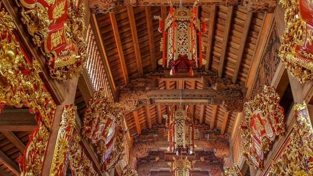 Cận cảnh bên trong nhà thờ trăm tỉ tráng lệ của Hoài Linh